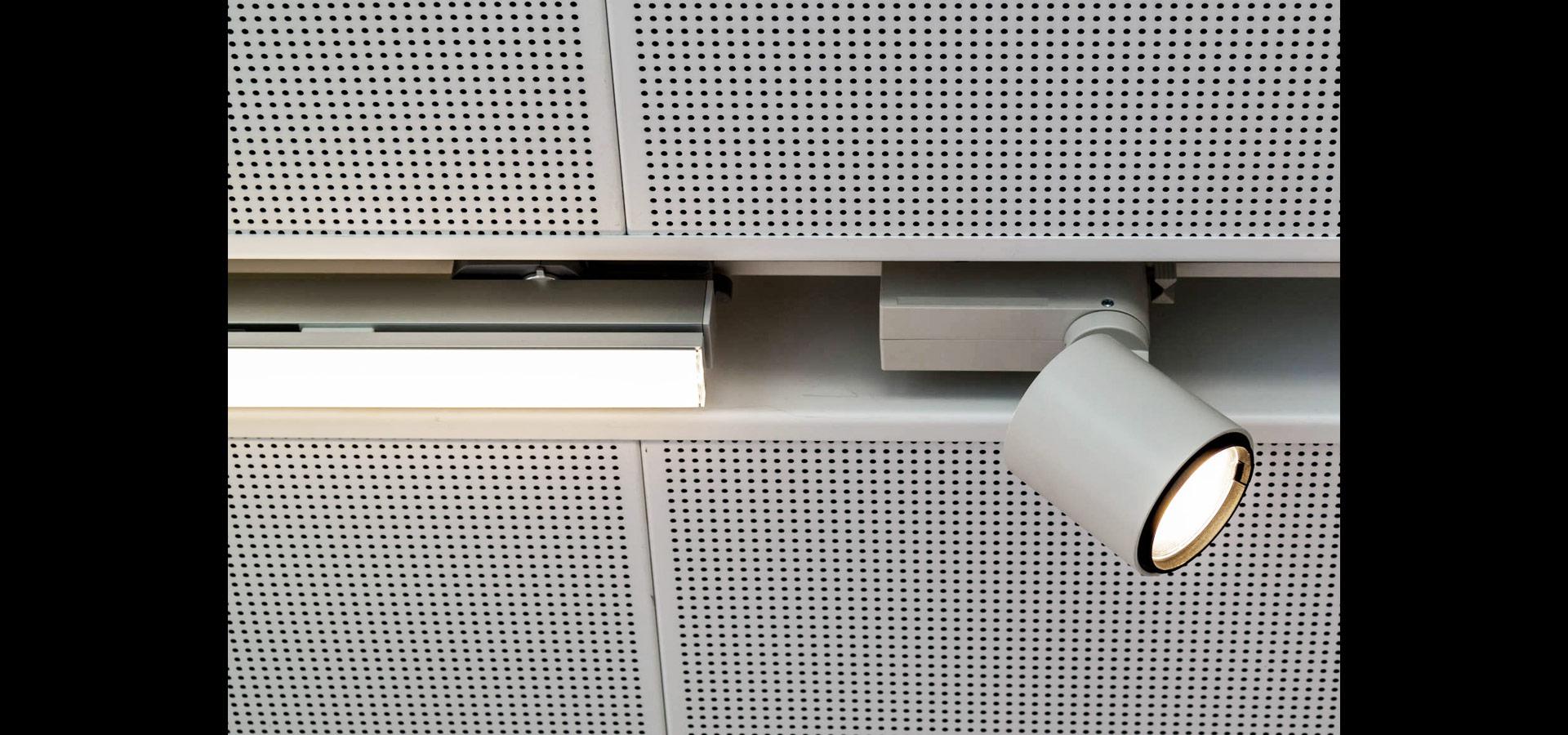 Charmant Ok Led Lichtleiste Zeitgenössisch - Elektrische Schaltplan ...