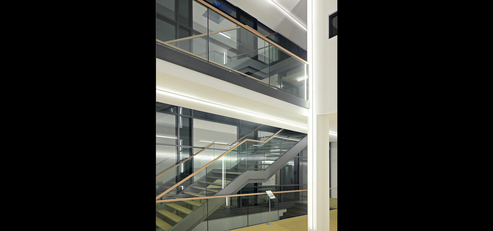 Luxsystem Helmholtz light line 20.2 emergency lighting for corridors in public spaces