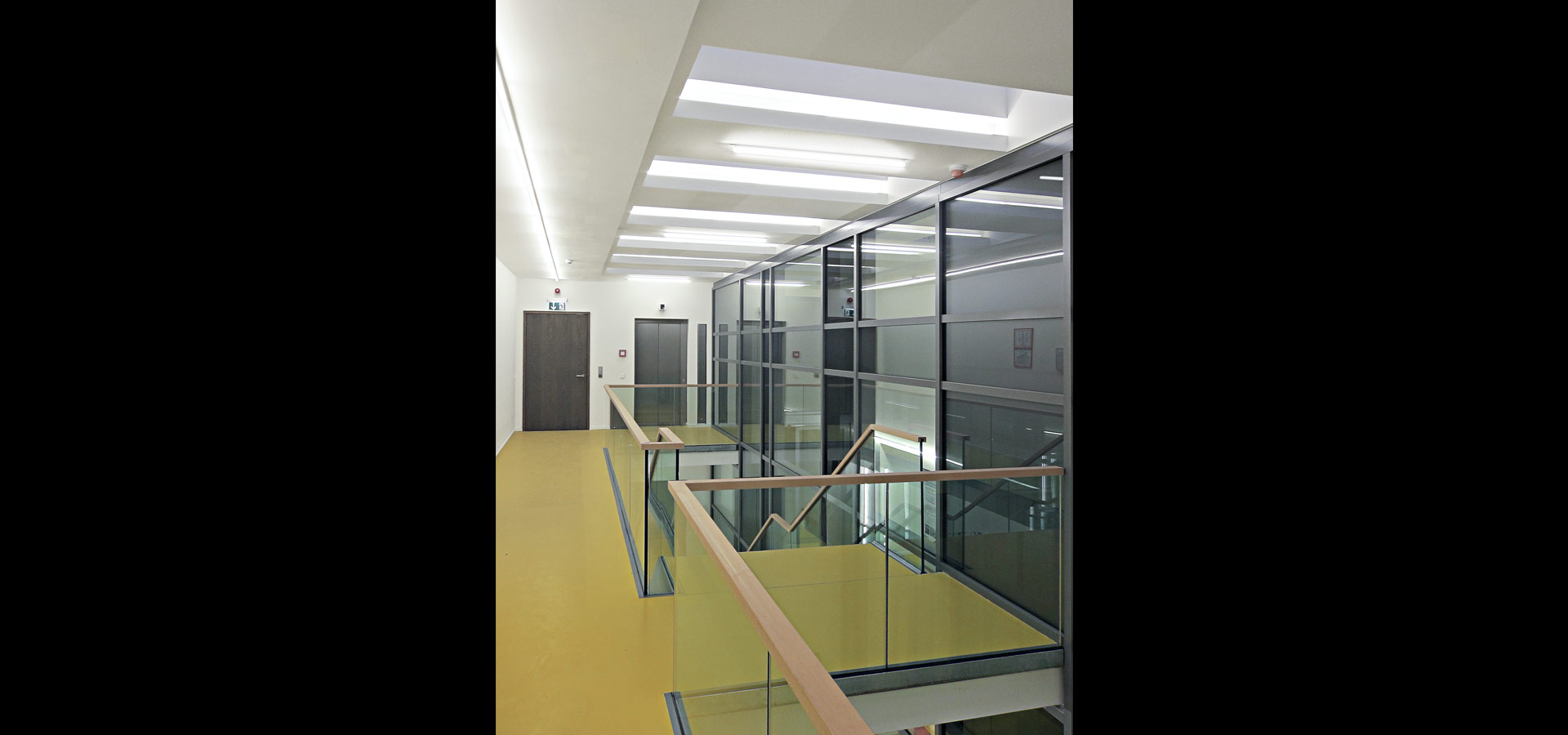 Luxsystem luminaire 20.2 emergency lighting for corridors