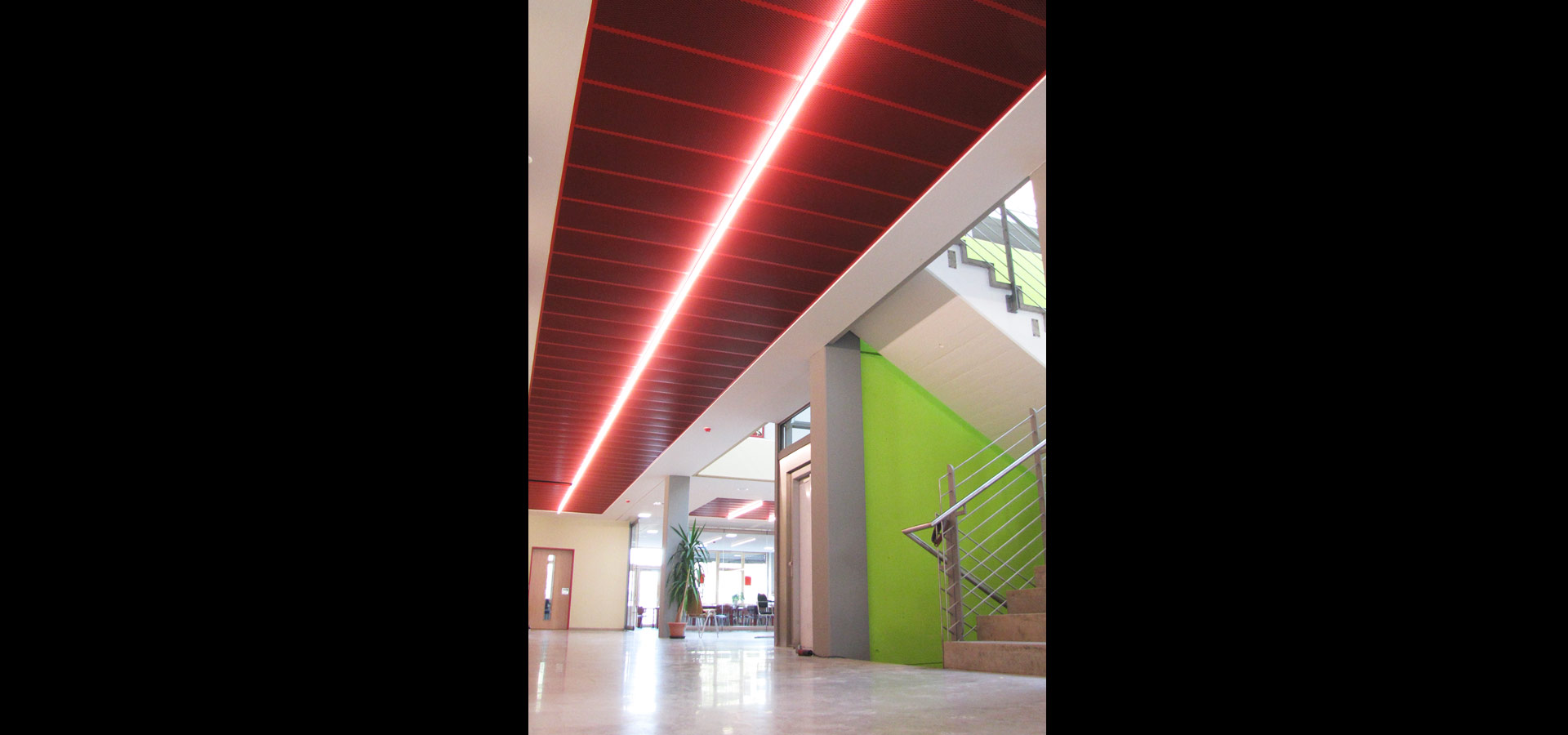 Luxsystem school corridor lighting light line SL 20.2