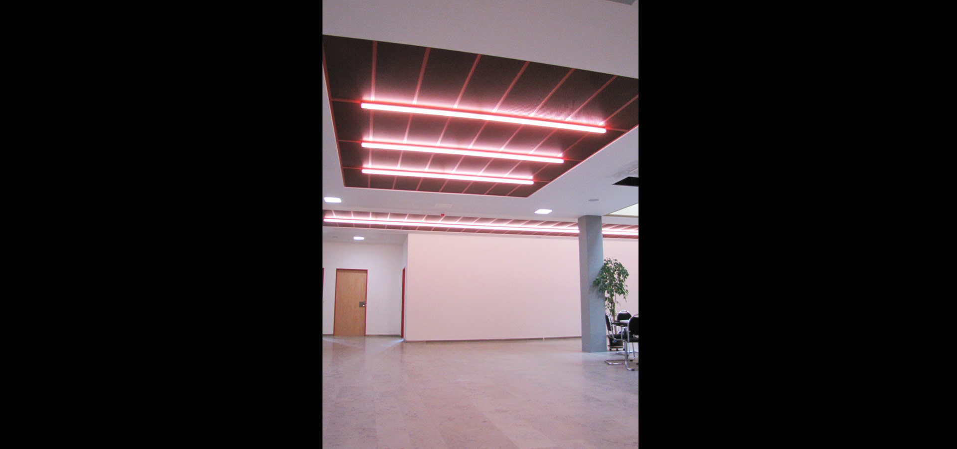 emergency lighting SL 20.2 light lines by luxsystem
