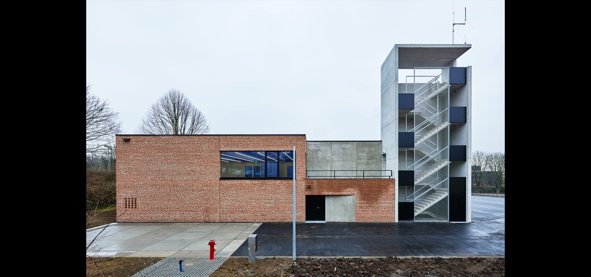 Luxsystem architectural lighting for fire station Waiblingen